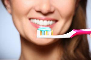 healthy smile/brushing teeth